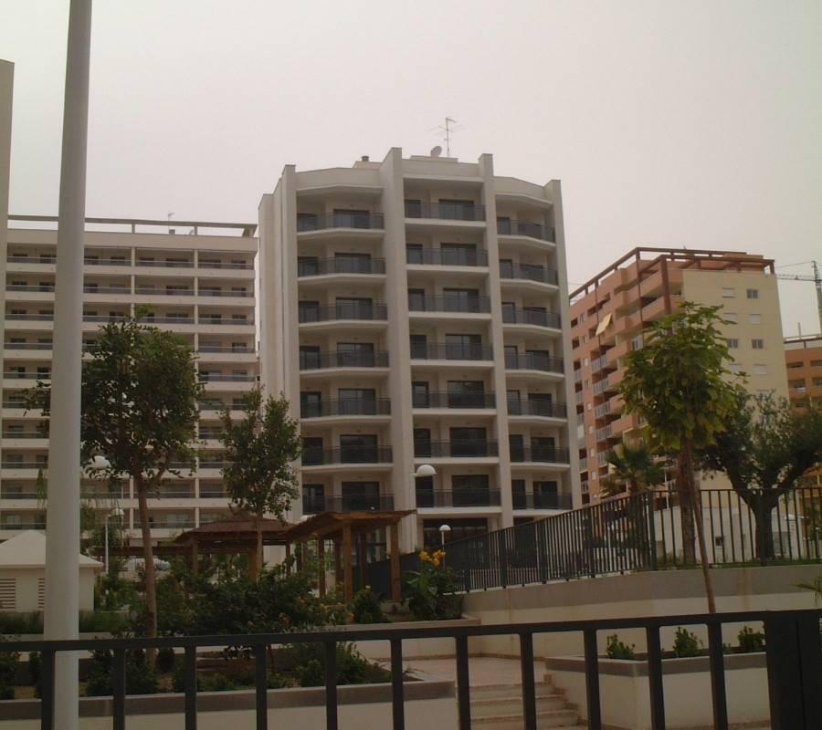 Apartamento CÉntrico Con Parking Piscina Y Padel: Venta » Apartamento/Piso » Finestrat &ra